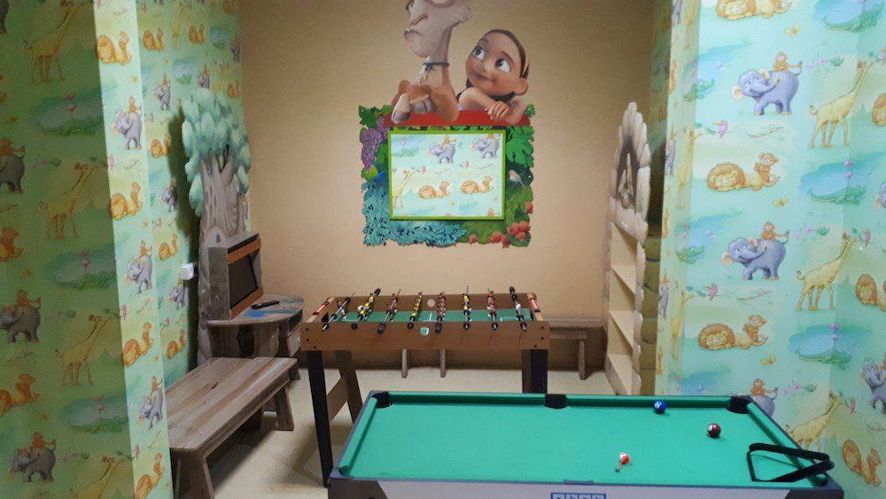 מועדון ילדים במלון יערים